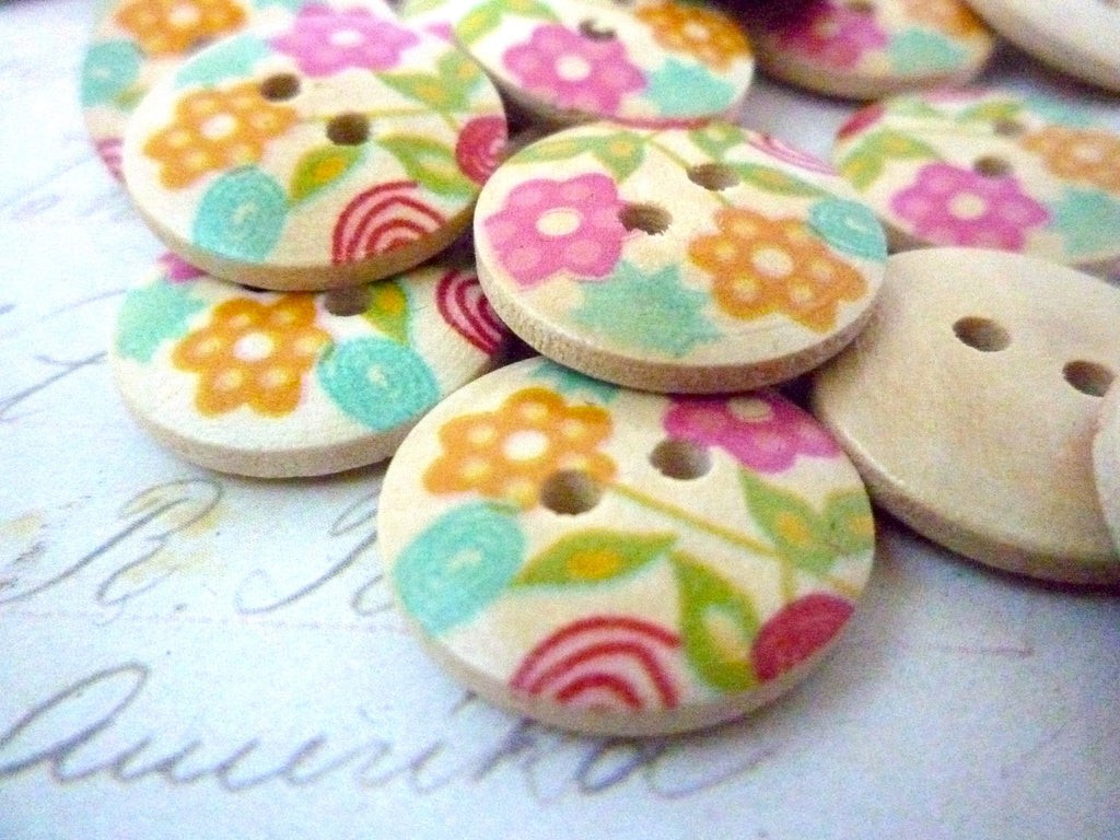 Flower Wooden Buttons - 18mm - Two holes