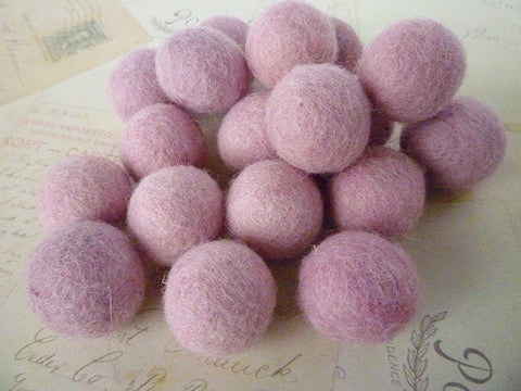 Light Pink - Felt Balls - 2cm