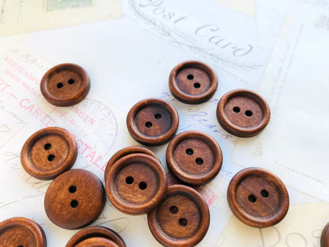 Three Quarter inch Dark Coffee coloured wood buttons