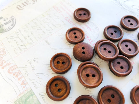 "3/4"" Wooden Buttons Dark Coffee Coloured - Two holes (20mm)"