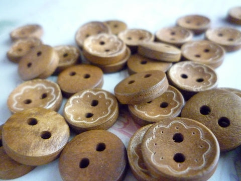 13mm Flower Pattern Wooden Buttons - 2 holes