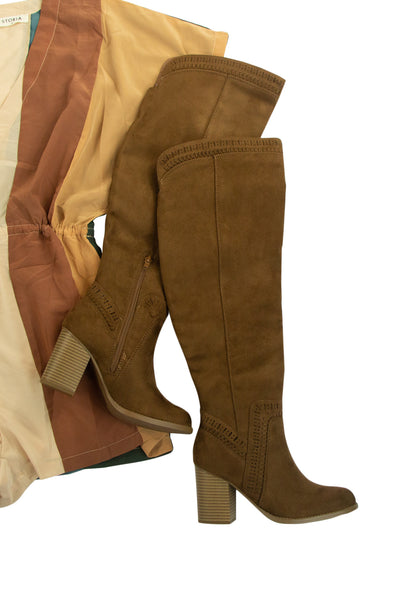 Lasso Boots in Brown