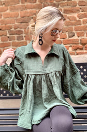 Ultimate Solid Top in Dark Green