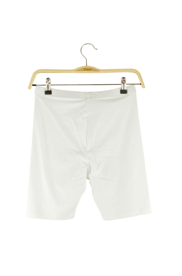 Ambition Bike Shorts in White