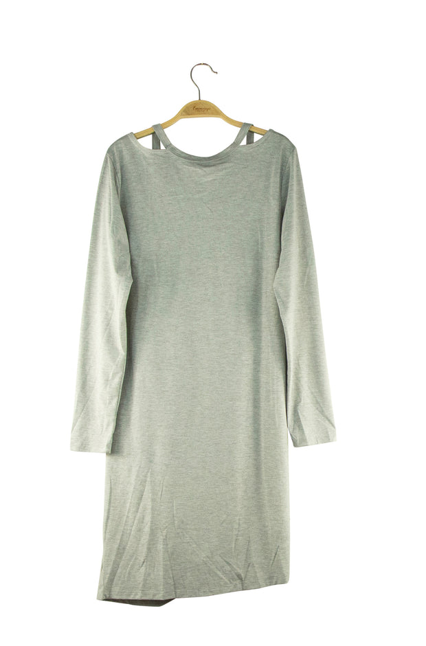 Finesse Dress in Grey