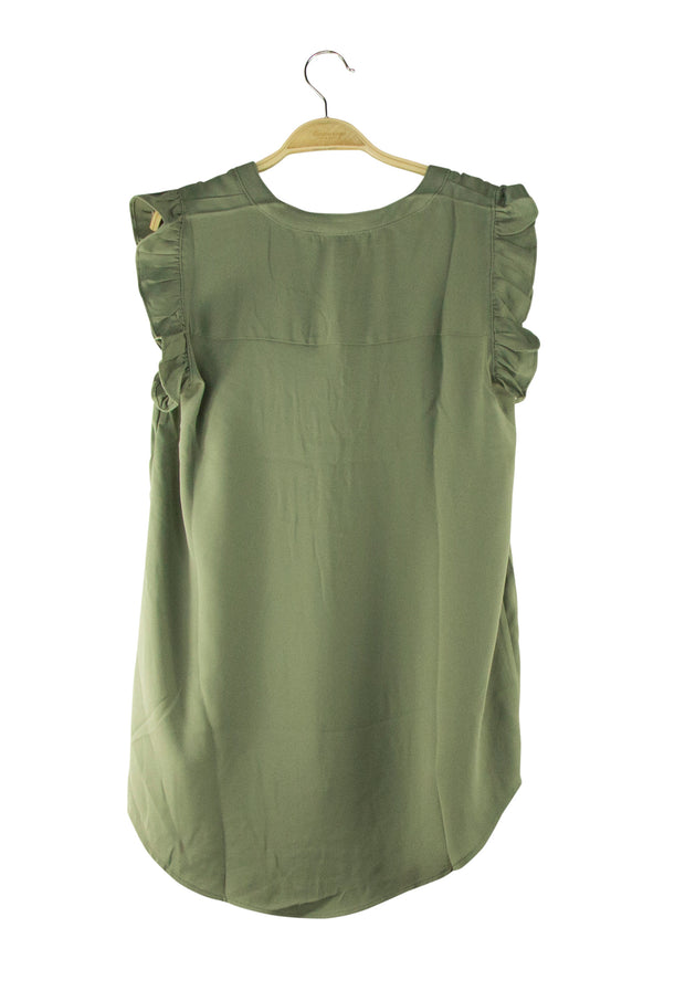 Attention to Details Top in Dark Green