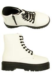 Step To it Boots in White