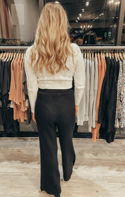 Move Gracefully Pants in Black