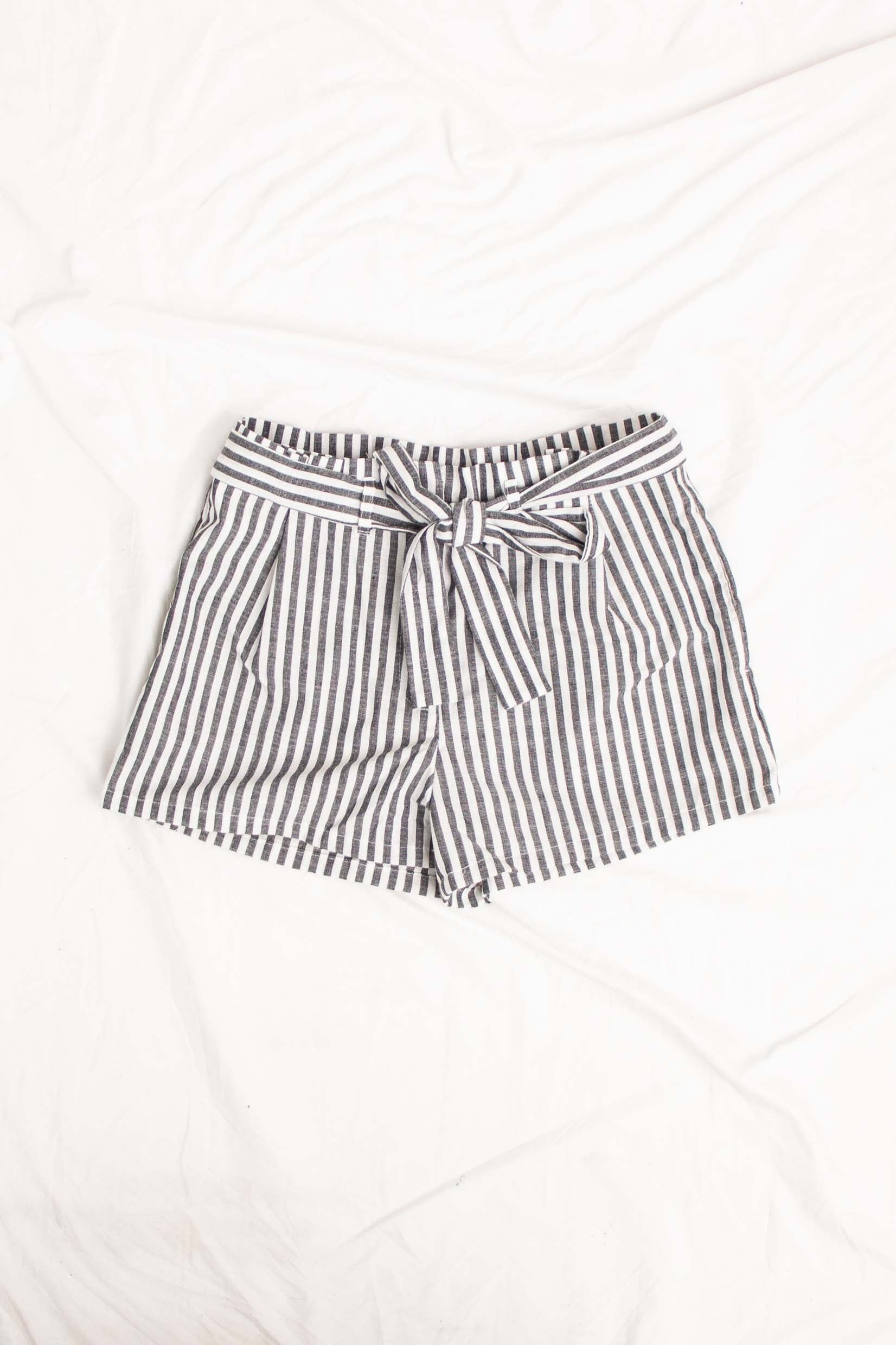 Perfect Picnic Shorts in Black