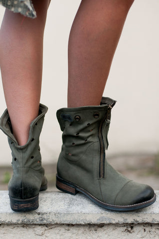 Stomp in Style Grey Boots