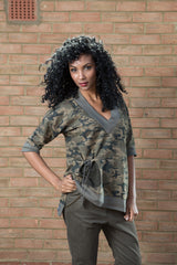 army style casual top for a bad girl look