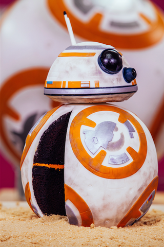 A Chocolate BB8 Star Wars Cake with Delicious Droid Details HOW