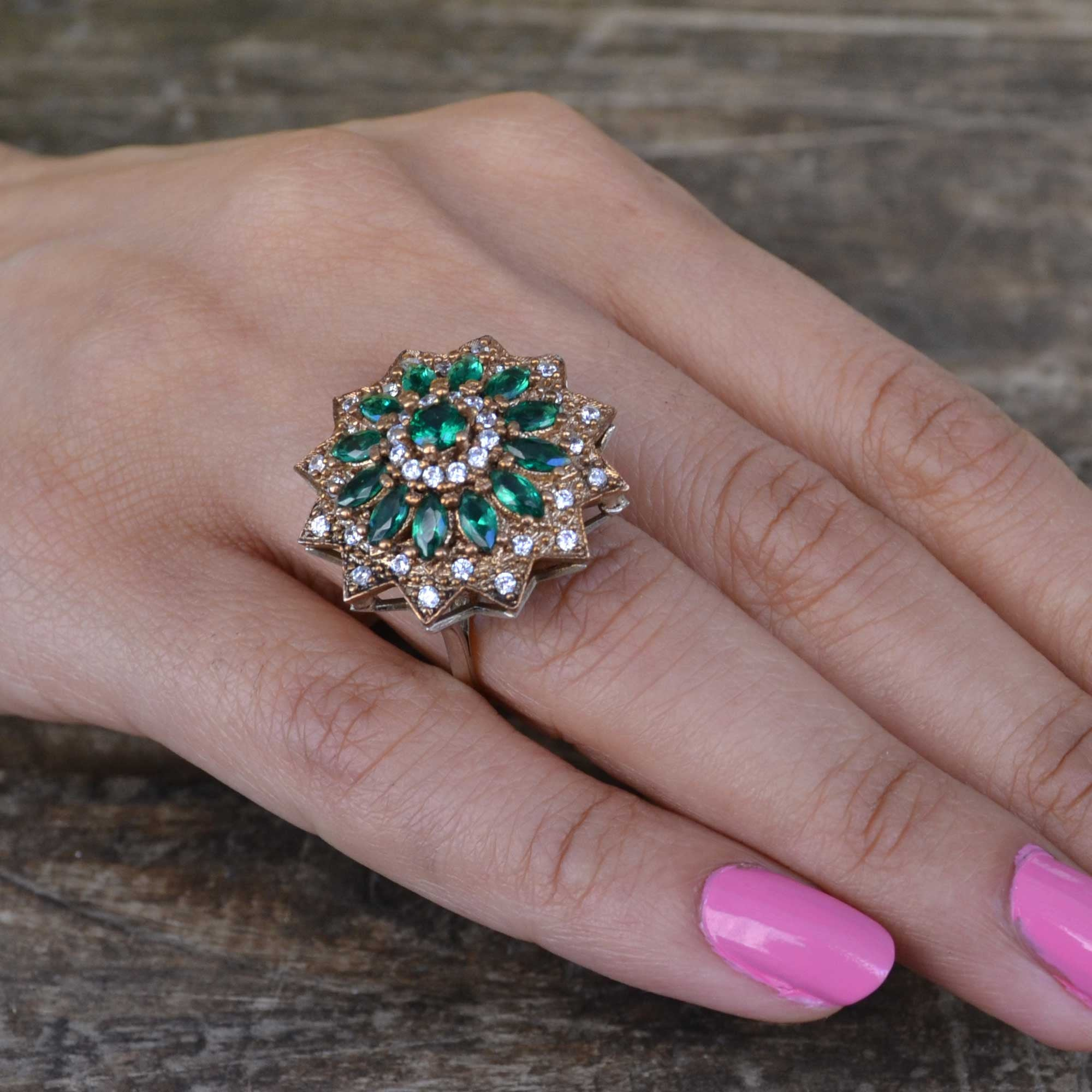 Details about  /Emerald Turkish Handmade Sterling Silver 925 Ring Vintage Style Round Size 6-11