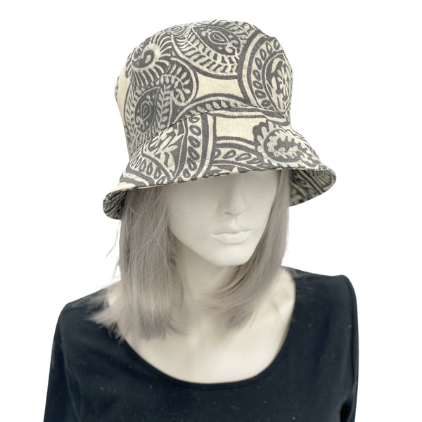 Women's Rain Hat in Gray Paisley | Spring Collection