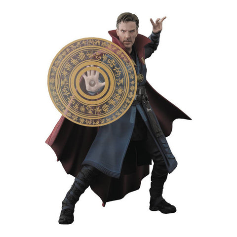 Marvel S.H. Figuarts - Doctor Strange w. Burning Flame