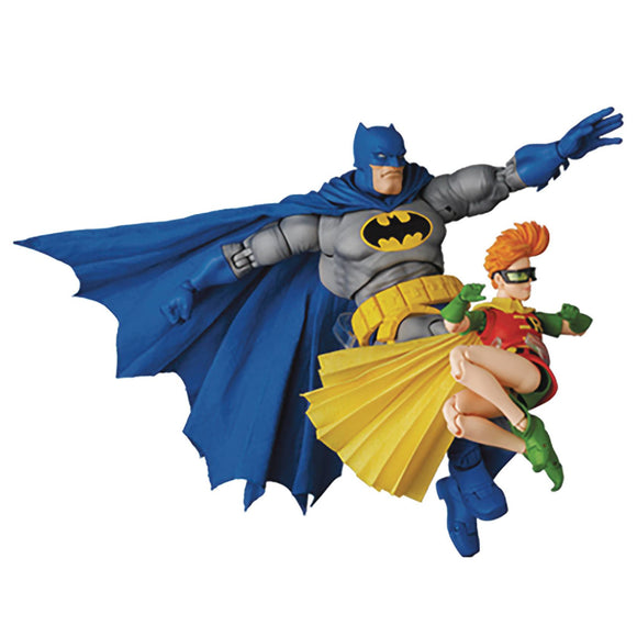 MAFEX Dark Knight Returns Batman & Robin