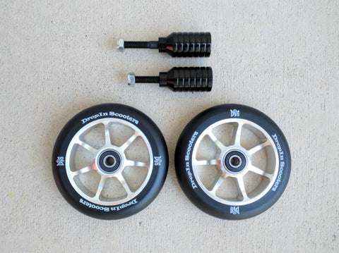 DIS 110mm 7-spoke Wheels and Black Pegs Set