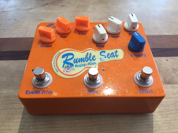 Rumble Seat Analog Alien