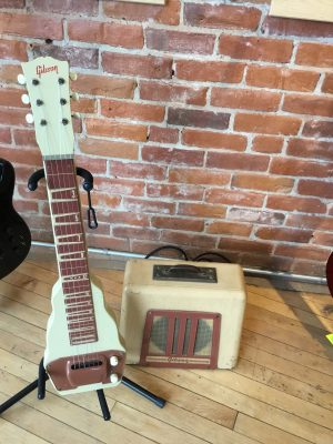 Gibson BR9 Lapsteel and Tube Amp Combo