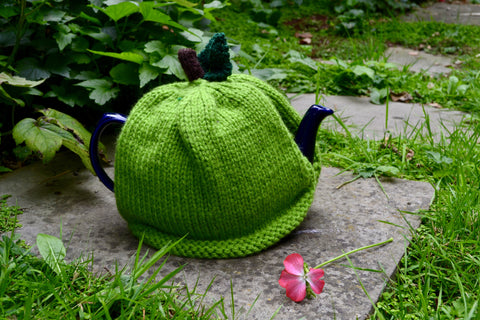 Apple Tea Cosy Knitting Pattern