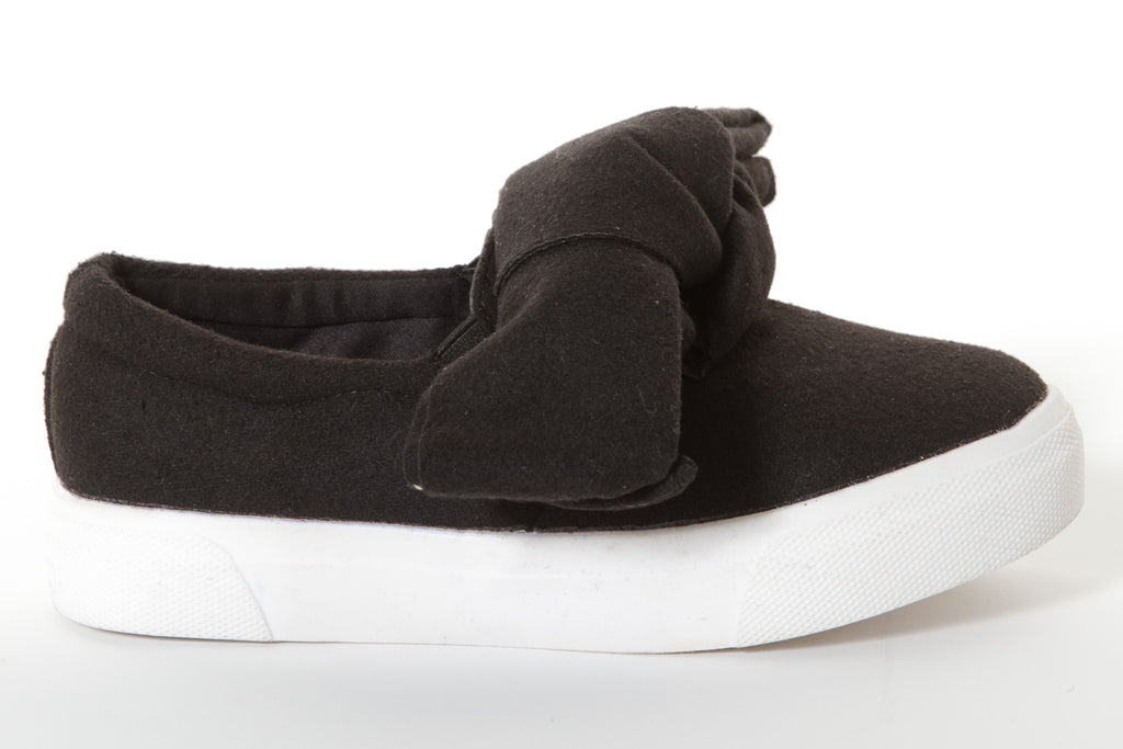 BOW FRONT SNEAKER