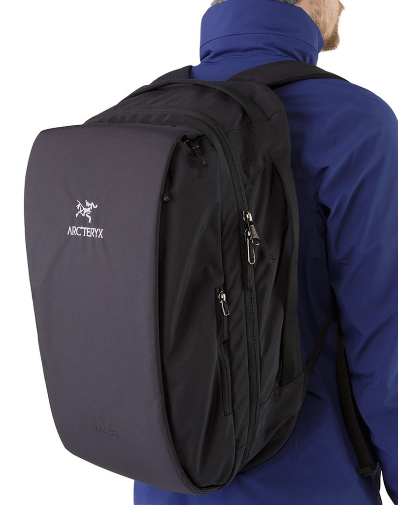 Arc'teryx LEAF Blade 28 Backpack