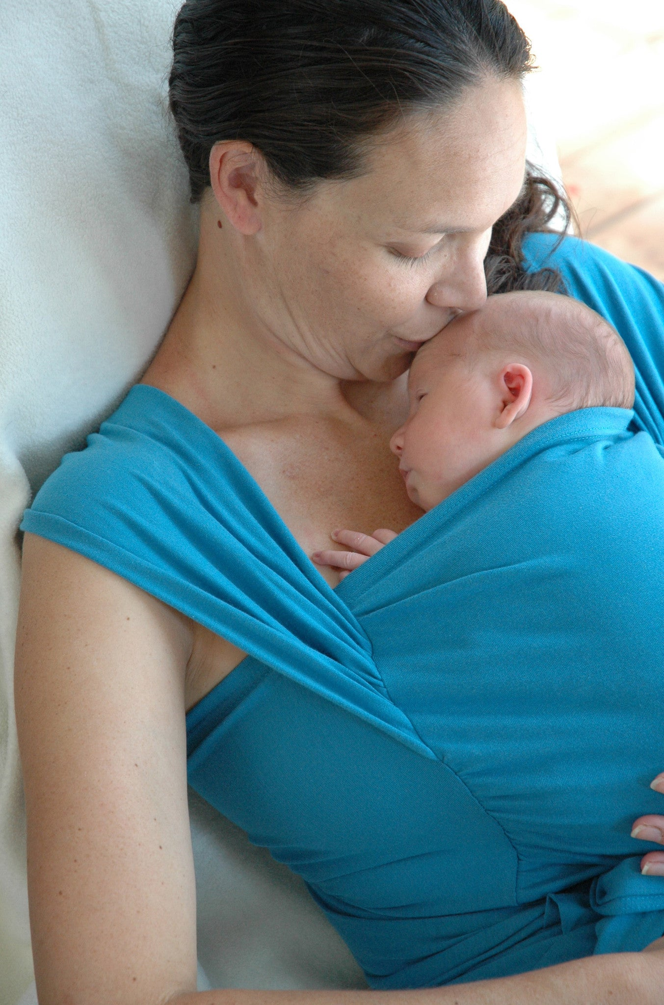 Babies need Skin to Skin Time.  New research shows your instinct to hold your baby close is right.