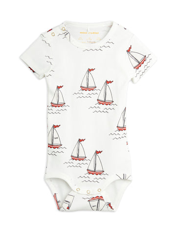 SAILING BOATS BODY