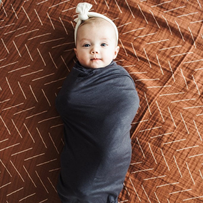 CHARCOAL STRETCH SWADDLE