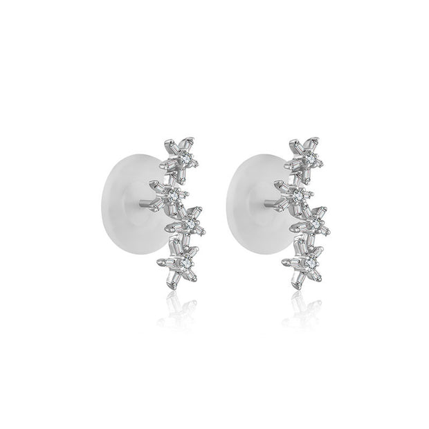 18k Gold Irregular Order Flower Shape Diamond Earring - Genevieve Collection