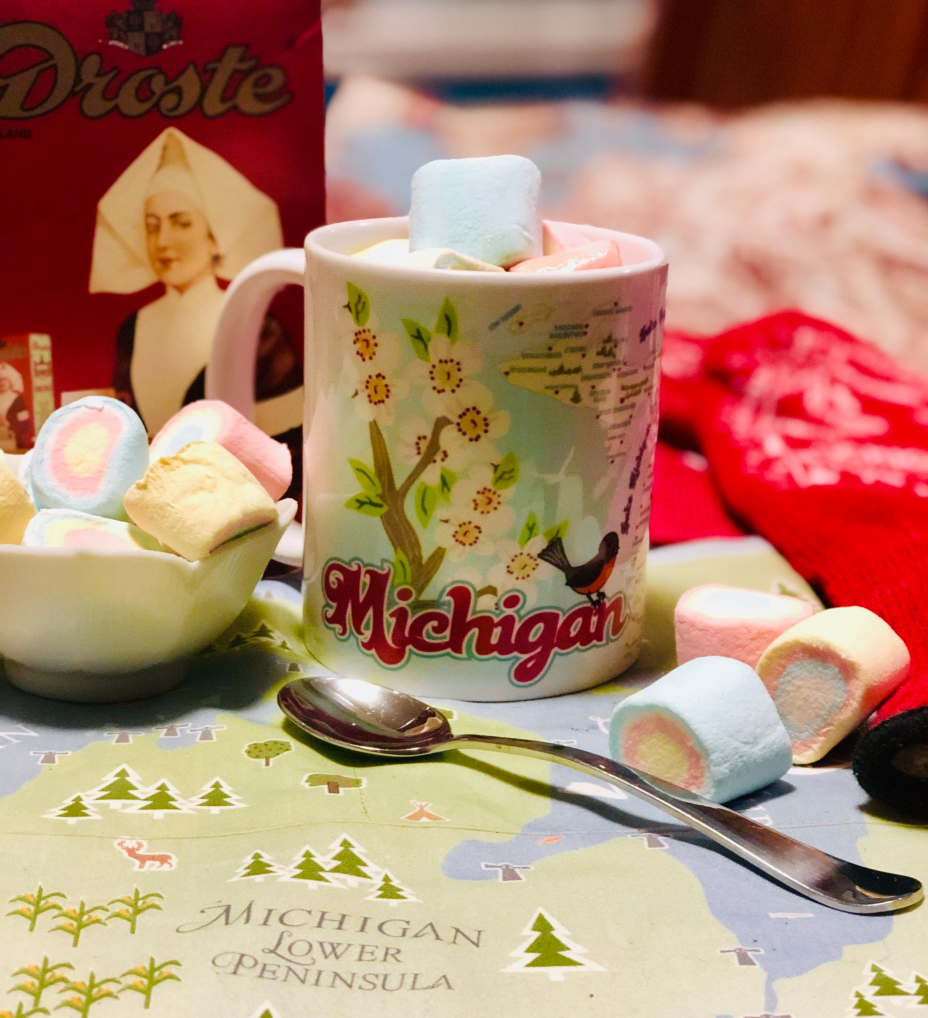 Michigan Has Heart(s) - Classic Retro Mug