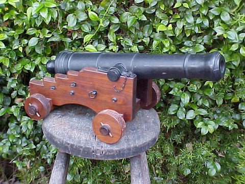 20th Century Model Cannon w/Iron Tube, #2020 Cannons