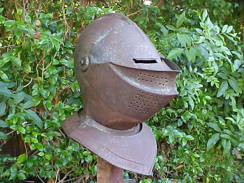 A European Close Helmet #2759