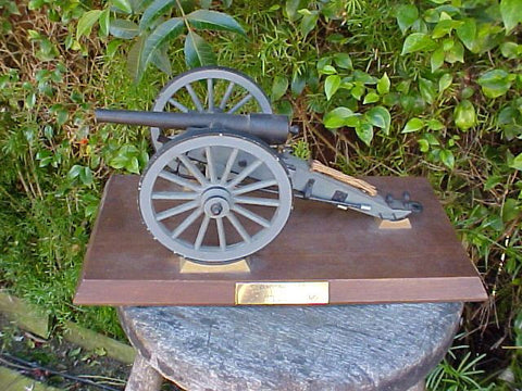 Model of a Civil War 10 Pound PARROTT Rifled Cannon, #2877 Cannons