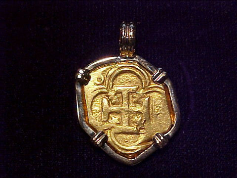 A Wonderful Philip III 2 ESCUDOS DOUBLOON Set in 14K Gold Bezel, #2923 Treasure Jewelry