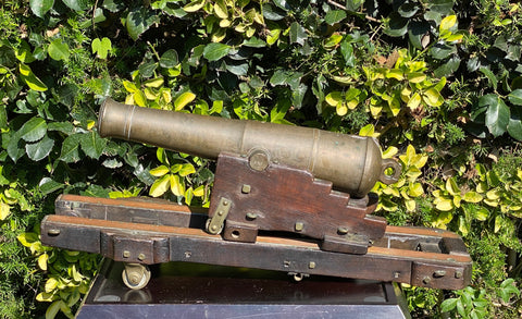 A RARE Civil War Period British Royal Navy Ships Swivel Gun on Track System