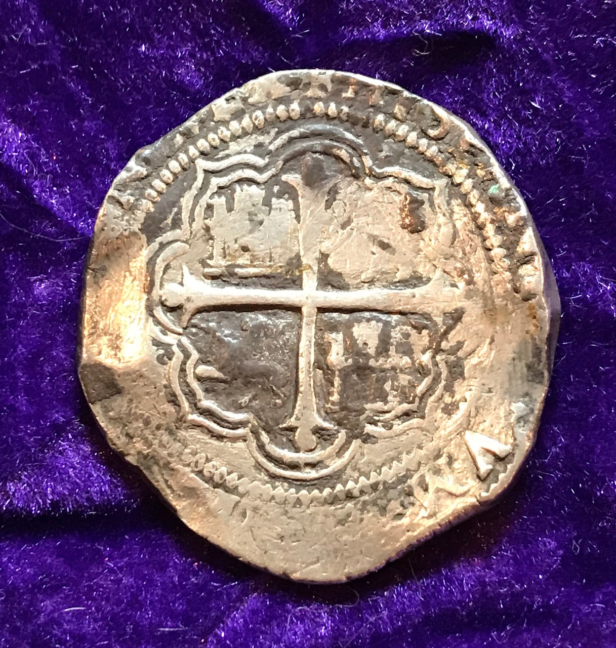 A Beautiful Spanish New World Silver 8 Reales COB MEXICO