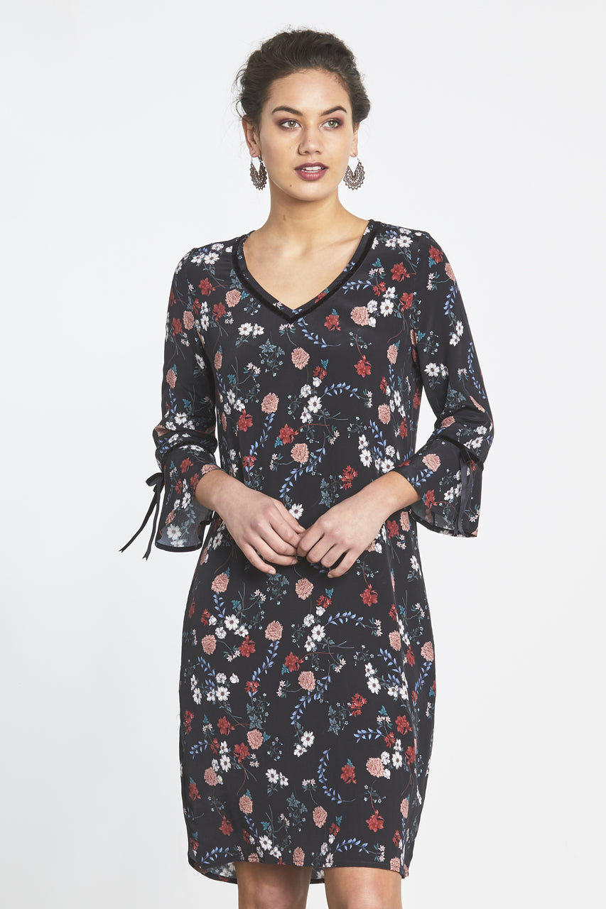 Random Label Annabelle Dress