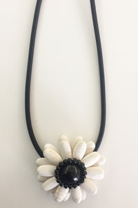 Lemon Tree Flower Necklace White