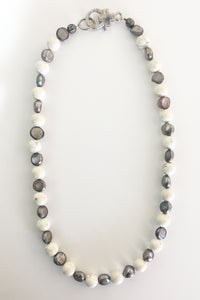 Jewelarto Moana Pearl Necklace