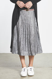 Random Label Metallic Pleated Skirt