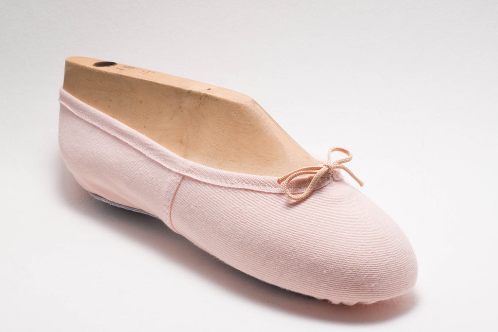 Pink Canvas Split Sole Demi Point