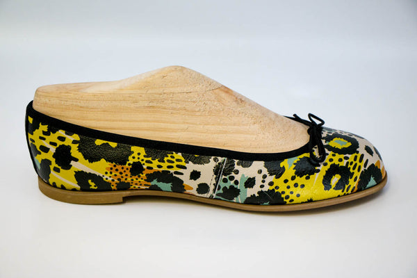 Leopard print colour splash leather