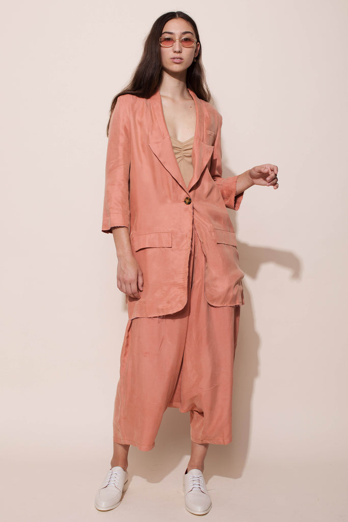 CROWN BLAZER - PEACH PINK