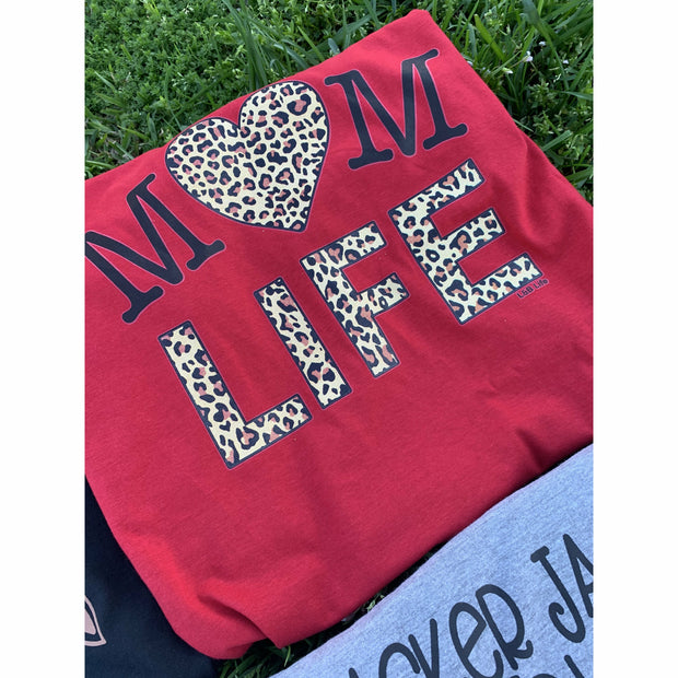 Mom Heart life leopard tee red