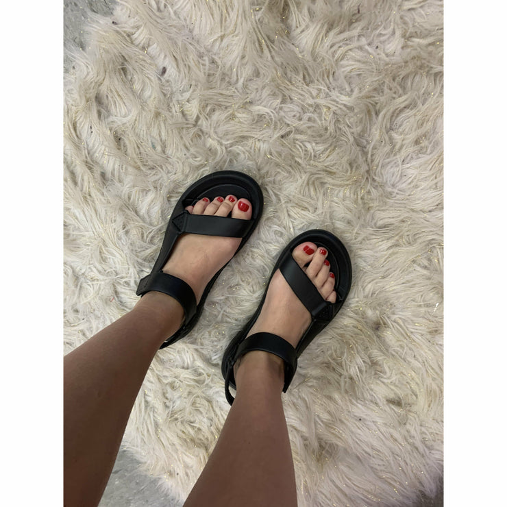 Lake Sandals  (yellow or black)