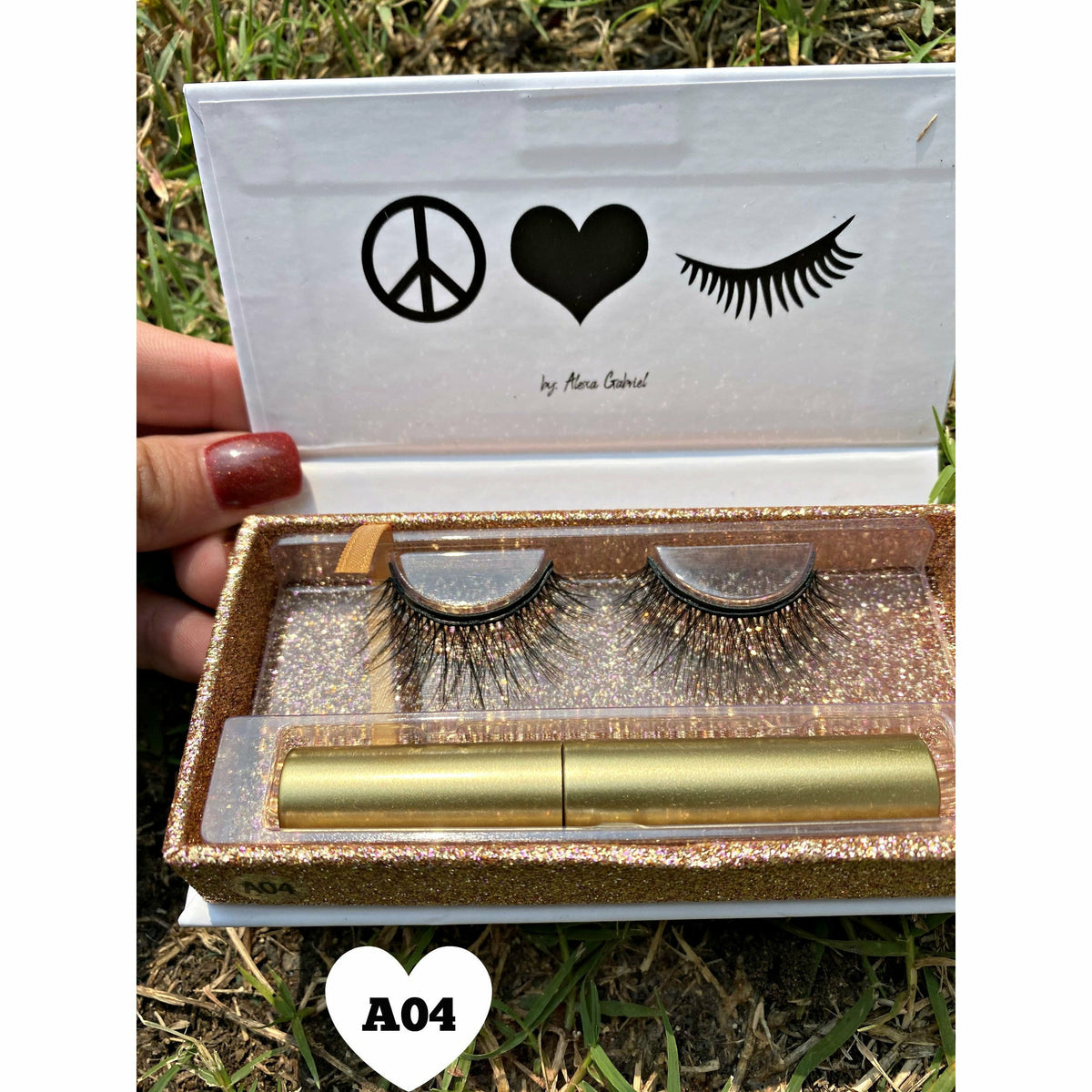 Lou Lou Magnetic Liner Lashes (5 styles)