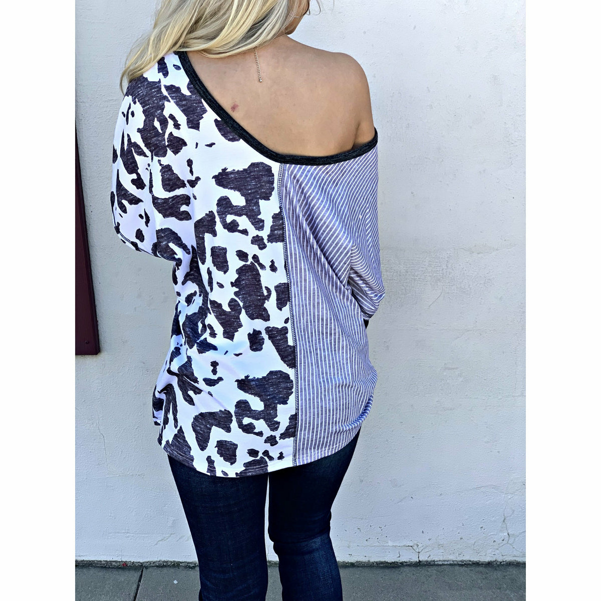 Cow print boat V neck Top (Regular & Plus)