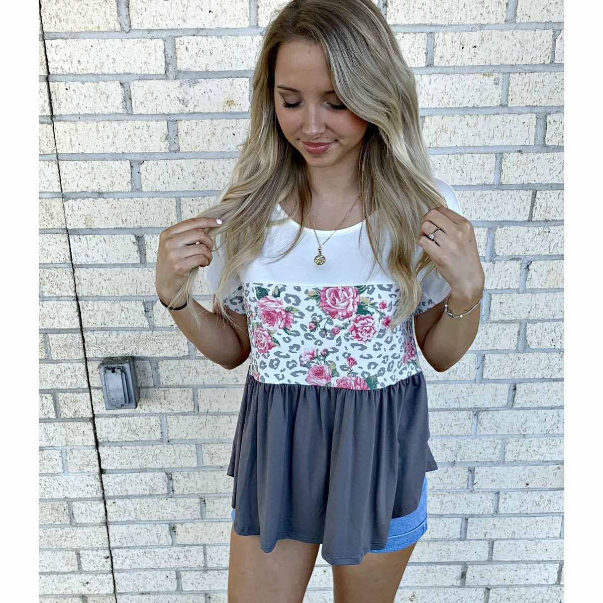 Gretchin Grey Floral Top (regular & lus)