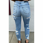 Lightwash Ripped' Denim